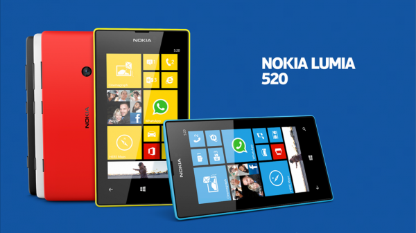 Nokia Lumia 520 con Windows Phone negro